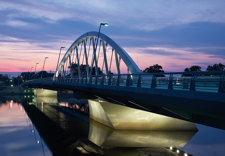 Main Street Bridge: A Columbus Landmark Project Image